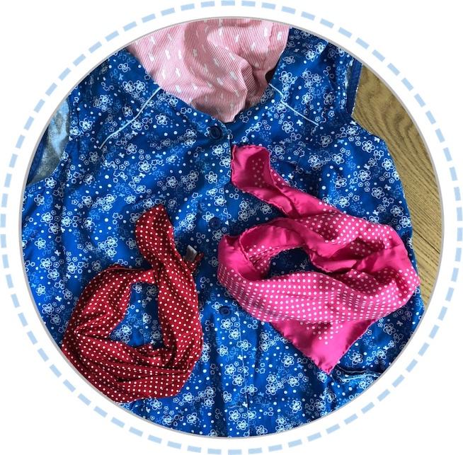 Kleidung vorher Schmetterlingspuppe blau pink