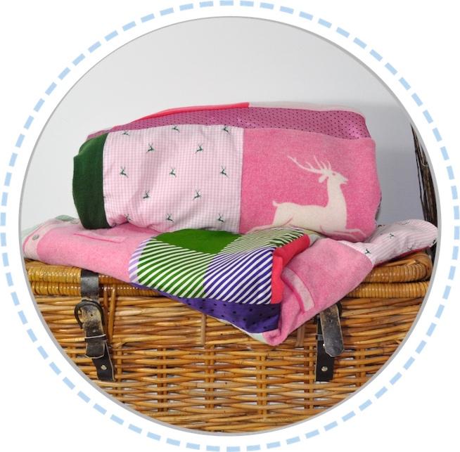 Patchworkdecke pink grün gefaltet